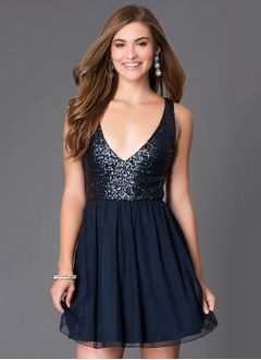 A-Line/Princess V-neck Short/Mini Chiffon Prom Dress With Sequins