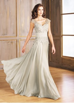 A-Line/Princess V-neck Floor-Length Chiffon Lace Mother of the Bride Dress With Ruffle Appliques Lace