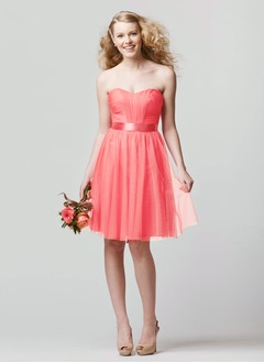 A-Line/Princess Strapless Sweetheart Knee-Length Tulle Prom Dress With Ruffle Sash