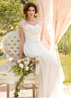 A-Line/Princess V-neck Floor-Length Chiffon Wedding Dress With Lace