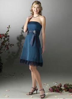 A-Line/Princess Strapless Knee-Length Satin Tulle Bridesmaid Dress With Ruffle Sash Crystal Brooch