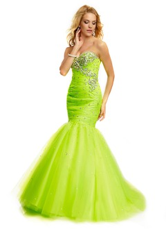 Trumpet/Mermaid Strapless Sweetheart Floor-Length Tulle Prom Dress With Ruffle Beading