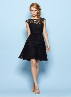 A-Line/Princess Scoop Neck Knee-Length Lace Prom Dress  ...