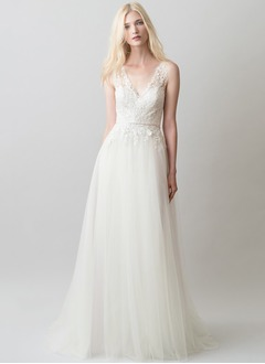 A-Line/Princess V-neck Sweep Train Tulle Lace Wedding Dress With Appliques Lace