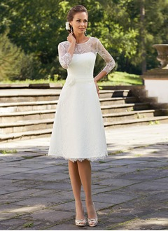 A-Line/Princess Scoop Neck Knee-Length Lace Wedding Dress With Flower(s)