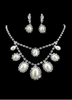 Beautiful Alloy/Rhinestones With Pearl Ladies' Jewelry Sets