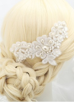 Imitation Pearls/Lace Headpiece