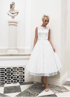 A-Line/Princess Scoop Neck Tea-Length Tulle Lace Wedding Dress With Beading