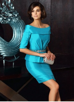 Sheath/Column Off-the-Shoulder Short/Mini Taffeta Mother of the Bride Dress With Beading