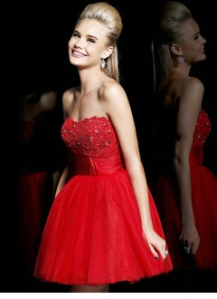 A-Line/Princess Strapless Sweetheart Short/Mini Tulle Homecoming Dress With Beading Appliques Lace