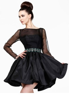 A-Line/Princess Scoop Neck Short/Mini Taffeta Organza Cocktail Dress With Beading