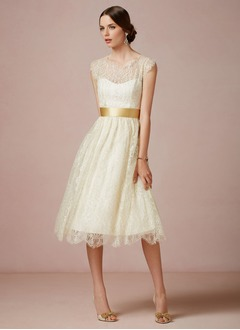 A-Line/Princess Scoop Neck Knee-Length Lace Wedding Dress With Sash