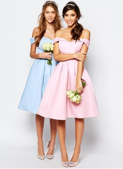 A-Line/Princess Off-the-Shoulder Knee-Length Satin Bridesmaid Dress With Ruffle