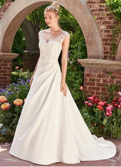 A-Line/Princess Sweetheart Chapel Train Satin Wedding Dress With Lace
