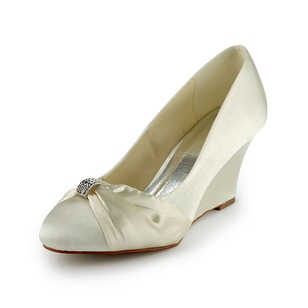 Vrouwen Satijn Wedge Heel Closed Toe Wedges met Strik (0475119357)