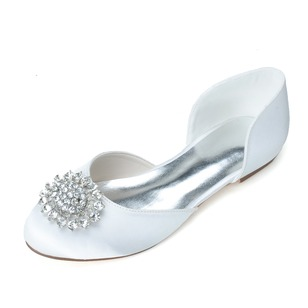 Women's Satin Flat Heel Closed Toe Flats With Rhinestone (0475099783)