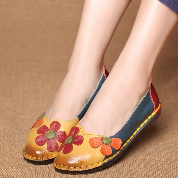Flower Closed Toe Flat Heel Shoes (1625382122) 1