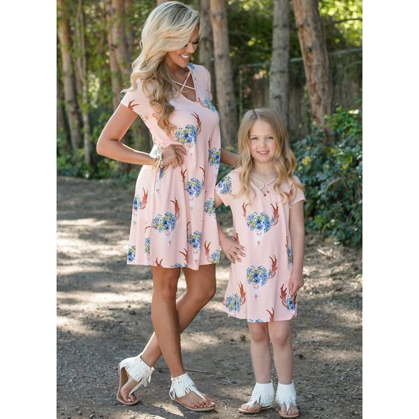 Mommy and Me Floral Casual Short Sleeve Family Outfits (30245595421)