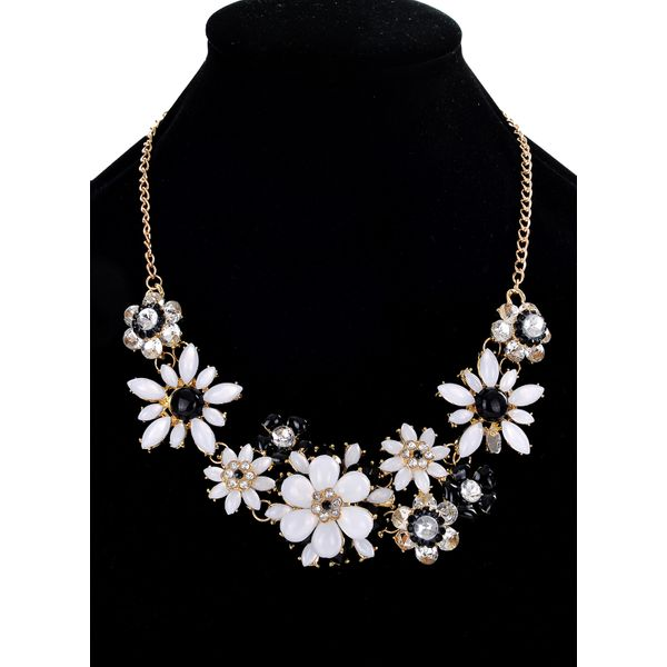 Party Floral Crystal Pendant Necklaces (1845578670)