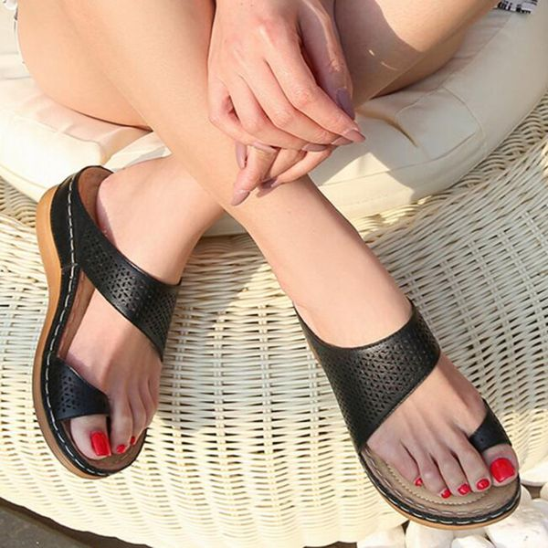 Women's Hollow-out Toe Ring Wedge Heel Sandals (1625572784)