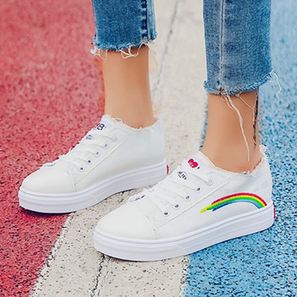 Women's Lace-up Round Toe Canvas Flat Heel Sneakers (1625591014)