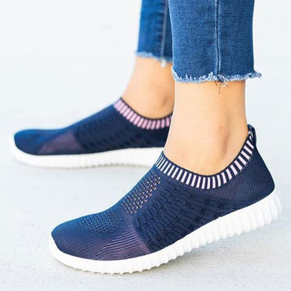 Women's Hollow-out Round Toe Fabric Flat Heel Sneakers (1625569085)