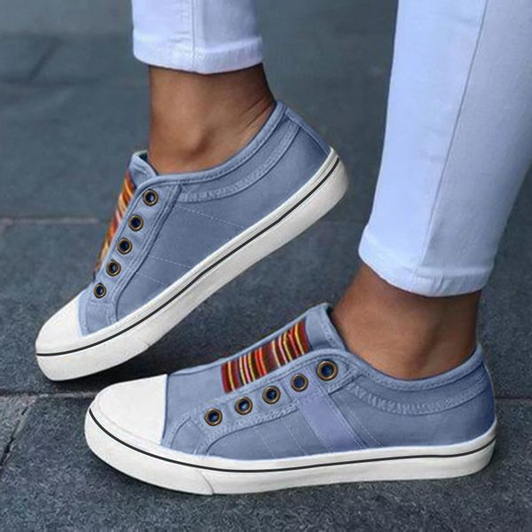 Women's Lace-up Round Toe Flat Heel Sneakers (1625568626)