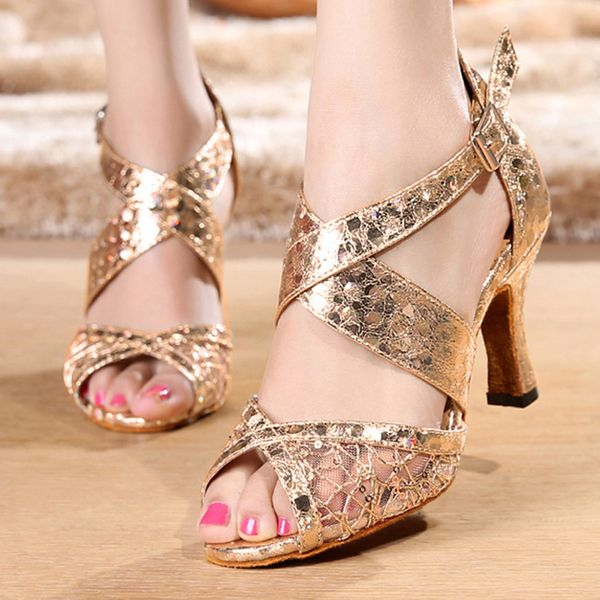 Sequin Buckle Hollow-out Peep Toe Spool Heel Shoes (1625382158) 5