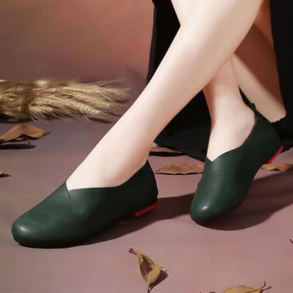 Closed Toe Low Heel Shoes (1625378852) 1