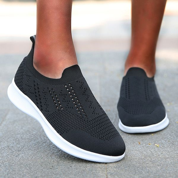 Women's Hollow-out Closed Toe Fabric Wedge Heel Sneakers (1625595612)