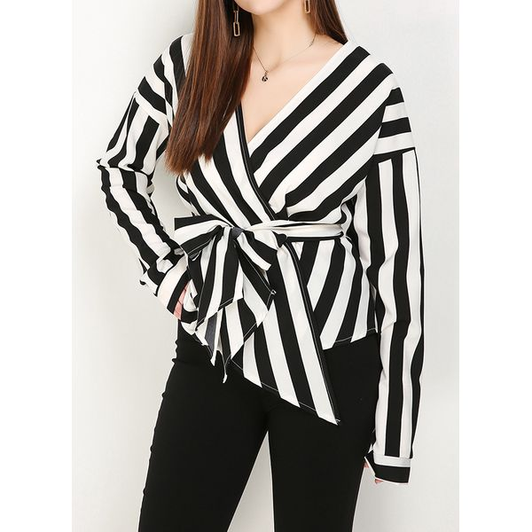 Plus Size Color Block Casual V-Neckline Long Sleeve Blouses (1645445765, Black