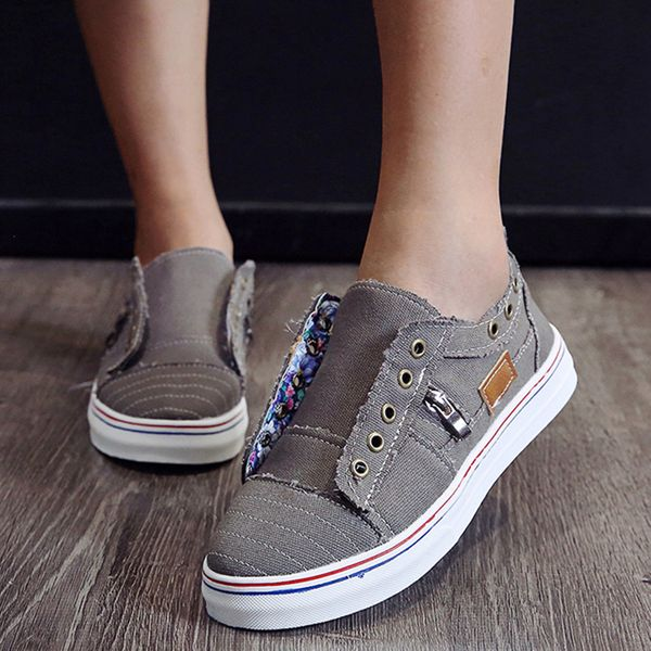 FloryDay / Women's Lace-up Round Toe Canvas Flat Heel Sneakers (1625568886)