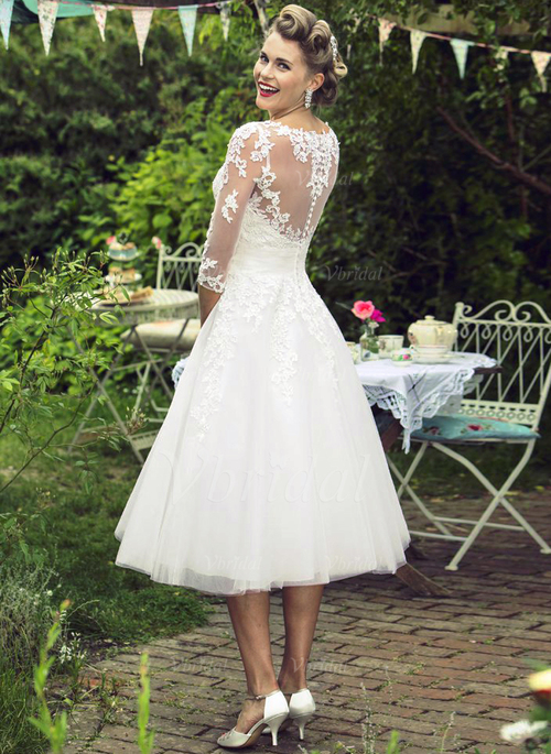 A-Line/Princess Scoop Neck Knee-Length Tulle Wedding Dress With ...
